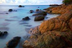 Linia brzegowa przy plażą Zdjęcia Stock