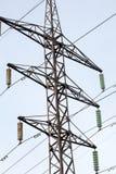 Linia energetyczna słupa czerni sylwetki zbliżenie fotografia royalty free