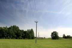Linia energetyczna w wsi Obraz Royalty Free
