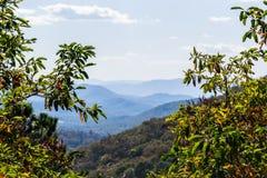 Linia horyzontu Blue Ridge Mountains w Virginia przy Shenandoah Na zdjęcie stock