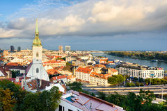 Linia horyzontu Bratislava, Sistani Obraz Royalty Free