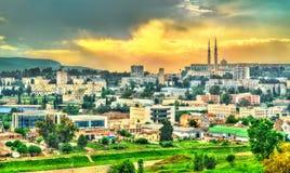 Linia horyzontu Constantine przy zmierzchem Algieria Zdjęcia Royalty Free