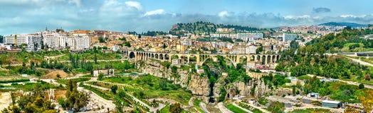Linia horyzontu Constantine, ważny miasto w Algieria Obrazy Stock