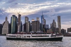 Linia horyzontu drapacz chmur w Manhattan, Miasto Nowy Jork, usa fotografia stock