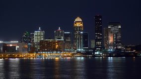 Linia horyzontu Louisville nocą zdjęcie wideo