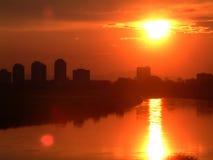 linia horyzontu po zachodzie słońca w miejskim Obrazy Royalty Free
