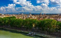 Linia horyzontu Rzym Tiber i rzeka Zdjęcia Stock