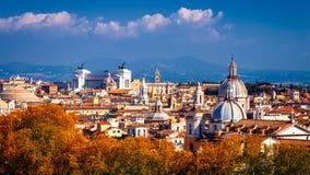 Linia horyzontu Rzym, Włochy Panoramiczny widok Rzym architektura i Obraz Stock