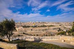 Linia horyzontu Stary miasto przy Zachodni? ?cian? ?wi?tynn? g?r? w Jerozolima i, Izrael obrazy royalty free