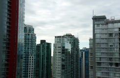 Linia horyzontu Vancouver śródmieście od Zachodniej Hastings ulicy Fotografia Royalty Free