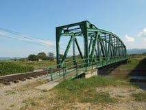 Linia kolejowa i footbridge nad rzeką Obraz Stock