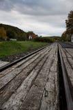 Linia kolejowa ostro protestować linia kolejowa poręczy metal Zdjęcia Stock