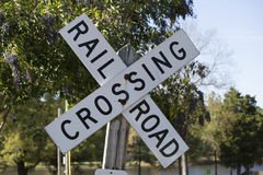 Linia kolejowa znaka skrzyżowanie zdjęcia royalty free