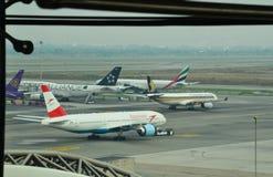 Linia lotnicza lot w Suvarnabhumi lotnisku międzynarodowym obrazy stock