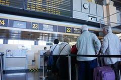 Linia lotnicza Sprawdza wewnątrz kontuar Obrazy Stock