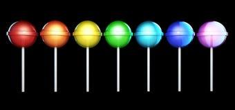 Linie von hell farbigen Lutschern Süßigkeiten auf dem Stock in Folge lokalisiert auf Schwarzem Abbildung 3D Lizenzfreie Stockbilder