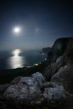 linii brzegowej blasku księżyca noc seascape nieba gwiazdy Fotografia Stock