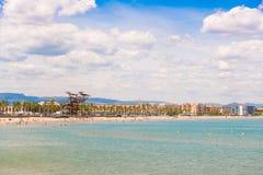 Linii brzegowej Costa Dorada, plaża w losie angeles Pineda, Tarragona, Catalunya, Hiszpania Odbitkowa przestrzeń dla teksta Obrazy Stock