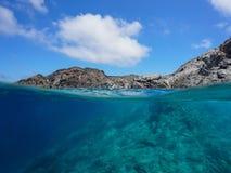Linii brzegowej rockowy podwodny morze śródziemnomorskie Hiszpania Obrazy Royalty Free