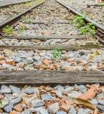 Linii kolejowej podróż przez staci kolejowej Obrazy Royalty Free