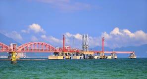 linje överföring för hav för oljeperspektivrør Arkivfoton