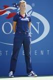 Linje domare under den fjärde runda matchen mellan Lleyton Hewitt och Mikhail Youzhny på US Open 2013 Arkivfoton
