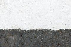 Linje för Whtie ruttgränd på asfaltvägen Royaltyfri Bild