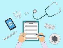 Linje illustration för lägenhet för arbetsplats för doktors` s Doktor som fyller receptlistan Royaltyfri Bild