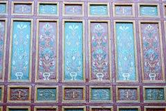 linjen i Marocko africa den gamla tegelplattan colorated keramisk abstrac för golvet Fotografering för Bildbyråer