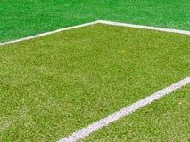 Linjerna skär av tennisbanan Arkivbild