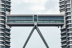 Free Linked Corridor Of Petronas Twin Towers In Kuala Lumpur, Malaysia Stock Photos - 94085363