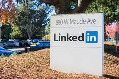 LinkedIn sign at the Sunnyvale offices. November 17, 2017 Sunnyvale/CA/USA - LinkedIn sign at the Sunnyvale offices, Silicon Valley, San Francisco bay area Royalty Free Stock Images