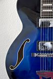 Linkes Detail der Jazz-Gitarre Stockfotografie