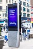LinkNYC Miasto Nowy Jork Uliczny Fi punkt zapalny Zdjęcia Stock