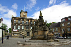 LINLITHGOW , SCOTLAND - June, 2013:  Old street in the town of L Royalty Free Stock Photo