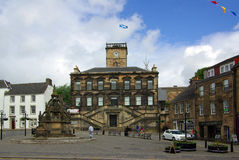 LINLITHGOW , SCOTLAND - June, 2013:  Old street in the town of L Royalty Free Stock Photography