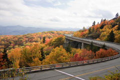 Linn Cove Viaduct in Noord-Carolina stock foto's