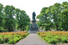 Linné monument in HumlegÃ¥rden, Stockholm. Linnaeus monument is a statue in Humlegården in the inner city of Stockholm, representing Carl von Linné. It royalty free stock photography