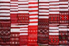 Linnenhanddoeken met Witrussisch Etnisch National Folkenornament  stock foto's