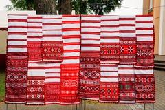 Linnenhanddoeken met Witrussisch Etnisch National Folkenornament  stock fotografie