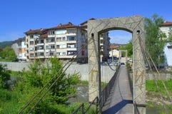Linowy footbridge w Troyan miasteczku Zdjęcia Royalty Free