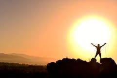 Linowy wspinaczkowy sukces zdjęcia royalty free