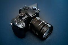 Lins för ny Panasonic Lumix GH5 och Leica 12-60 kamera Royaltyfri Bild