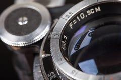 Linse der Retro- Nahaufnahme des selektiven Fokus der Kamera Makro Lizenzfreie Stockfotos