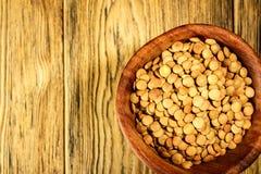 Linsen auf der Platte Gesunde Diät Die Familie von Hülsenfrüchte Rusti Lizenzfreie Stockbilder