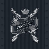 Lint met Dwars erachter Pijlen Militair Heraldisch Etiket op Bord Royalty-vrije Stock Afbeelding