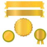 Linten en etiketten voor ontwerp met geweven gouden folie, vector Stock Foto's