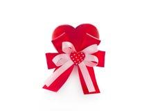 Linten en gevormd als harten op witte achtergrond royalty-vrije stock afbeelding