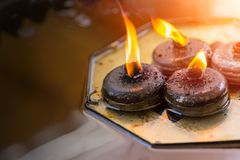 Linterna de la vela del fuego del aceite de Buda Imagenes de archivo