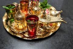 Linterna de oro de oriental de las decoraciones del kareem del Ramadán